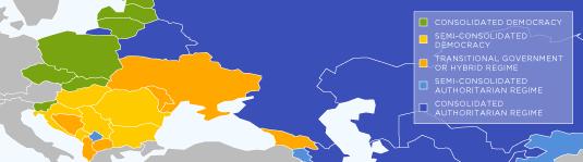 Equirectangular_democracyScore_blank